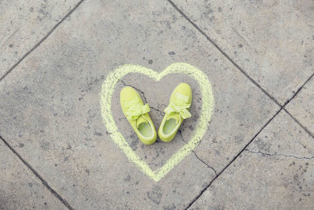 PUMA Basket Suede Heart Reset